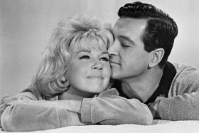 Doris Day And Rock Hudson In 'Send Me No Flowers'